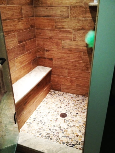 Natural Stone Stand Up Shower Floor with Ceramic Tile Shower